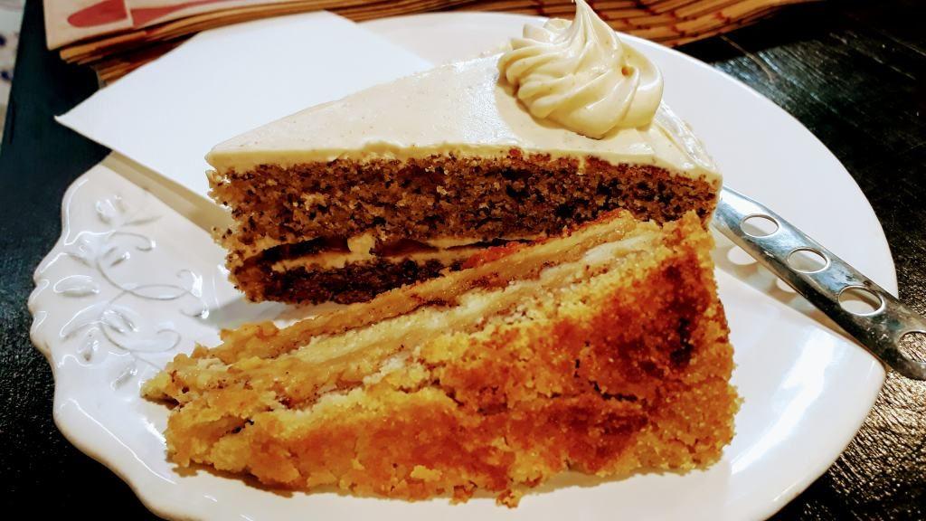 Banana Cake & Txarloska bei Txarloska