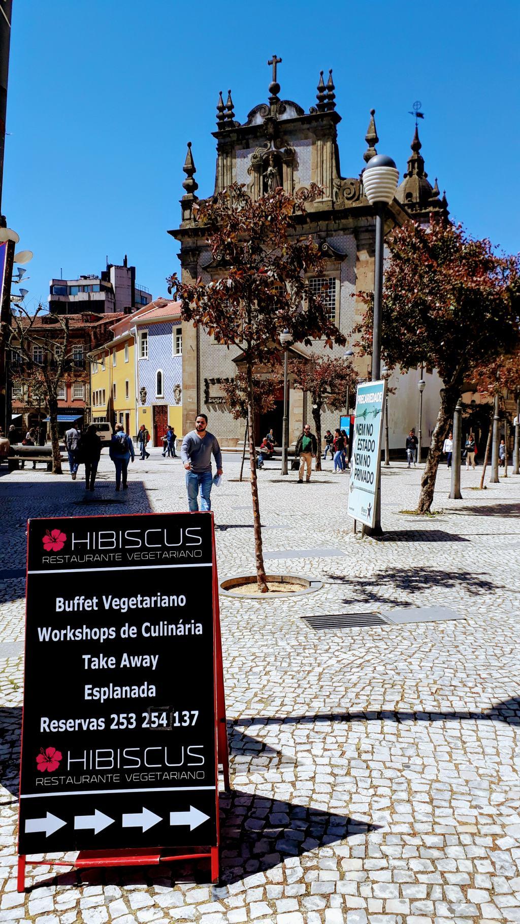 Igreja Dos Terceiros & Hibiscus