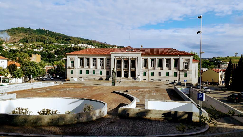 Tribunal Judicial de Guimarães