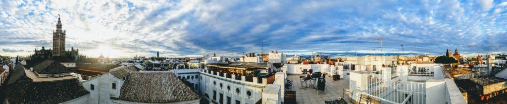 Dachterrasse des Grand Luxe Hostel