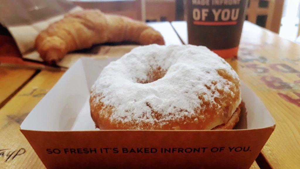 Veganes Croissant und Donut von TBS (The Bakery Shop)