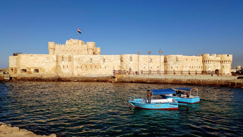 Qāitbāy-Zitadelle an der Mittelmeerküste Alexandrias