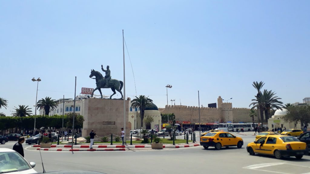 Tunesische Taxis in Sousse