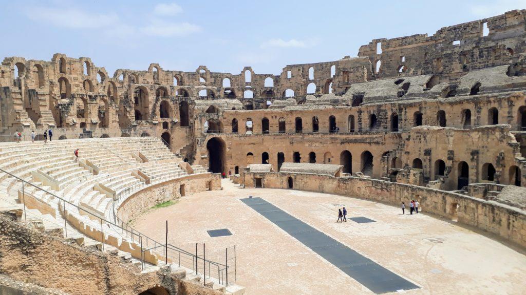 Das Amphitheater von El Djem von innen