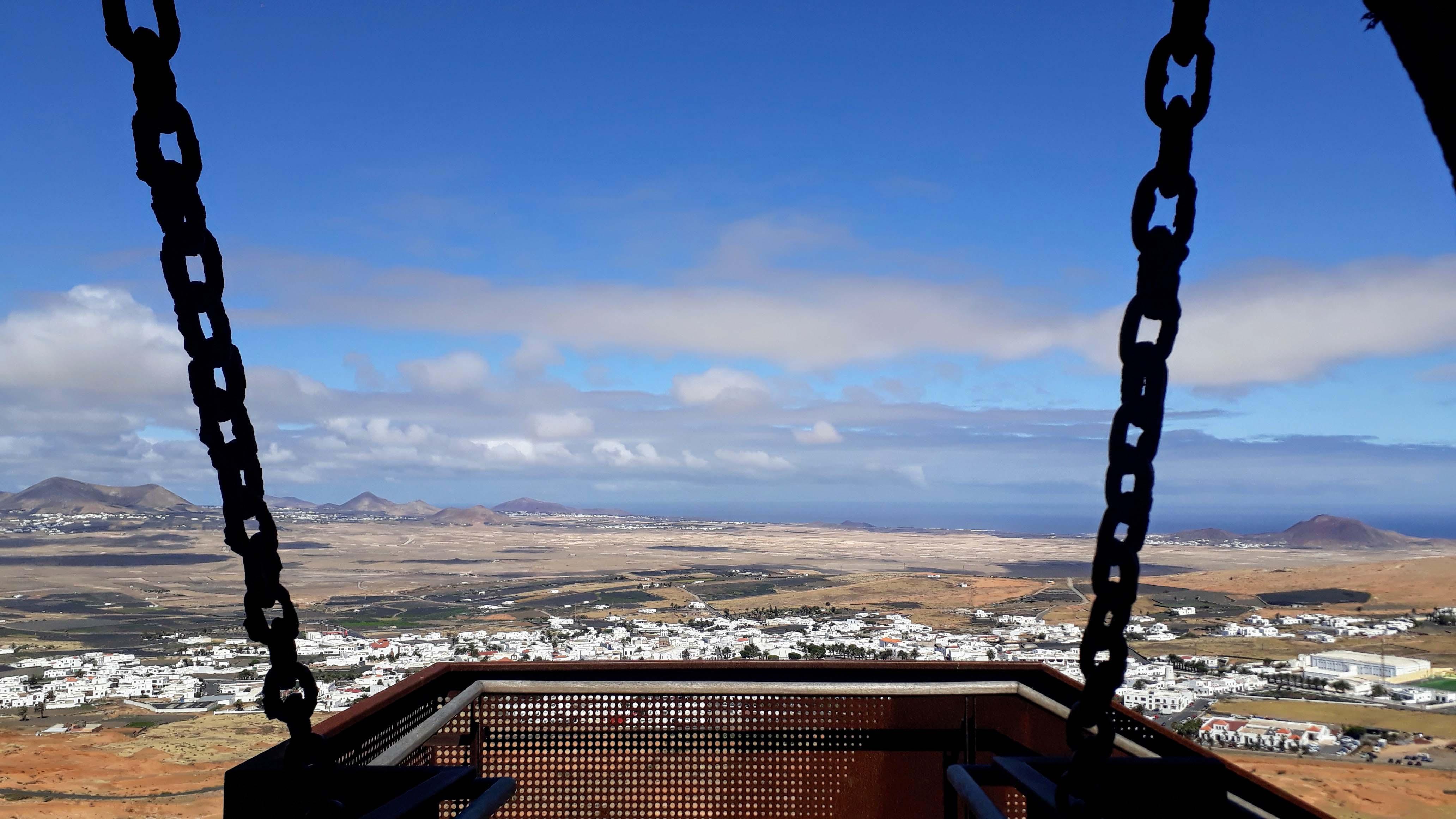 Aussicht vom Castillo de Santa Bárbara