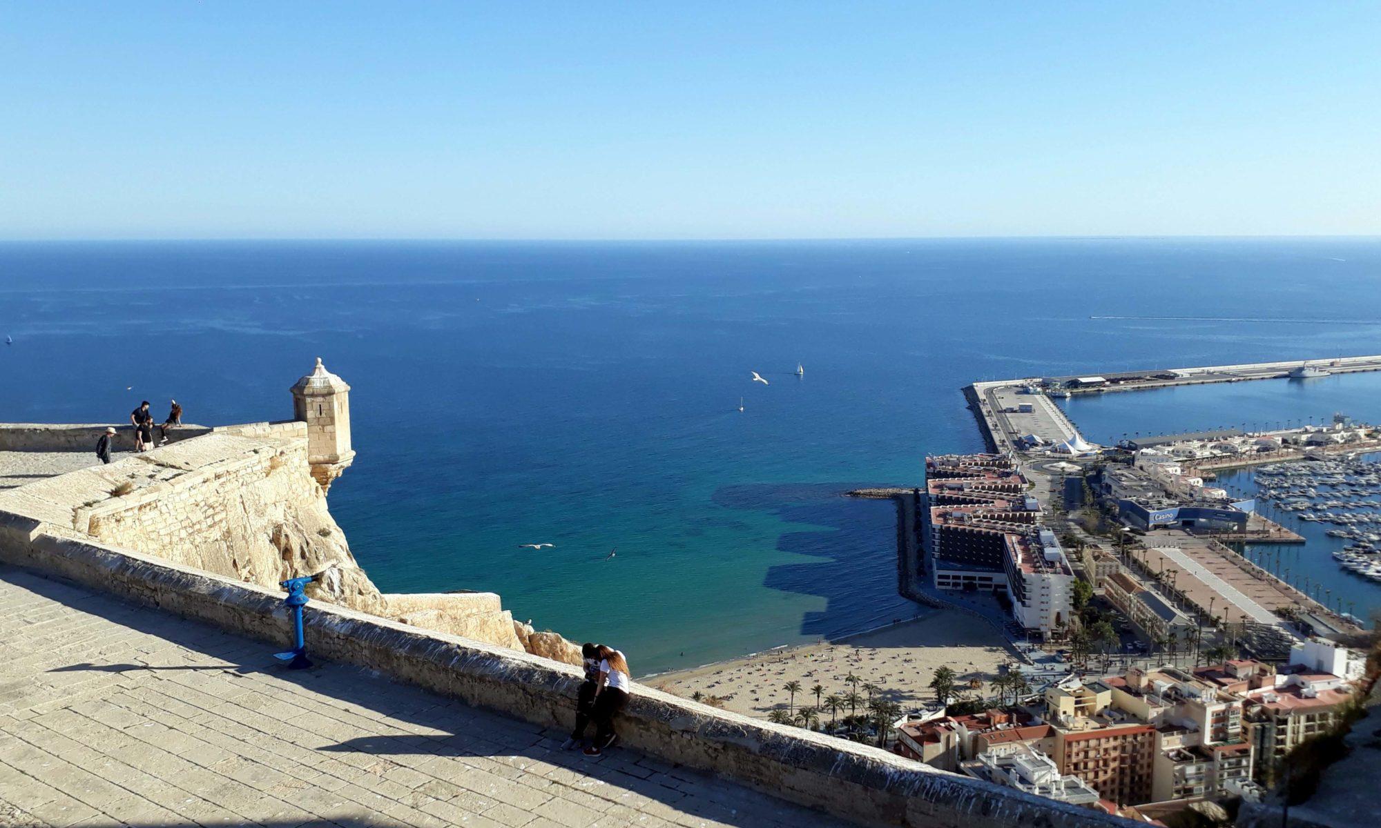 1 Tag in Alicante: Stadtspaziergang & Essen