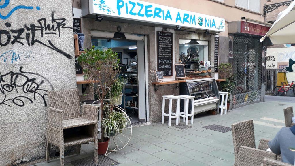 Armonia Pizzeria y Cafeteria in Palma de Mallorca bietet auch vegane Optionen an
