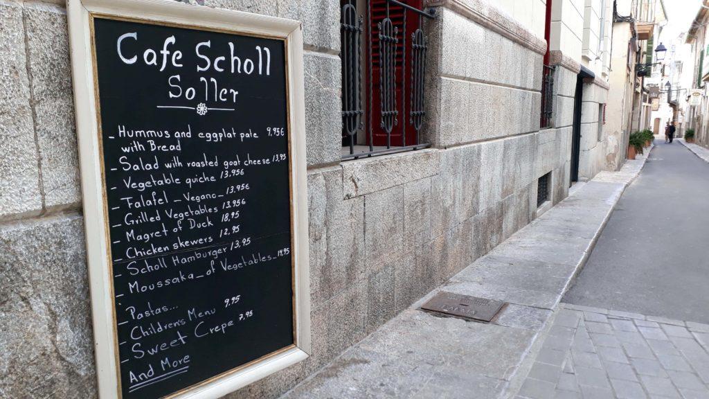 Vegane Optionen beim Café Scholl in Sóller, Mallorca