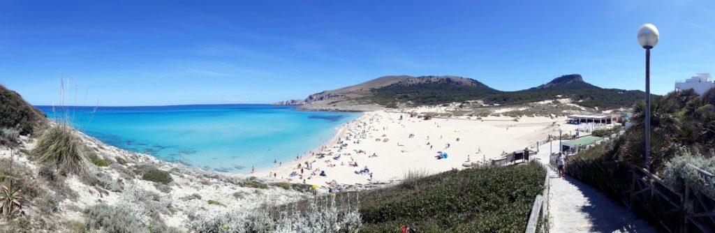 Die Cala Mesquida zählt zu den schönsten Buchten Mallorcas