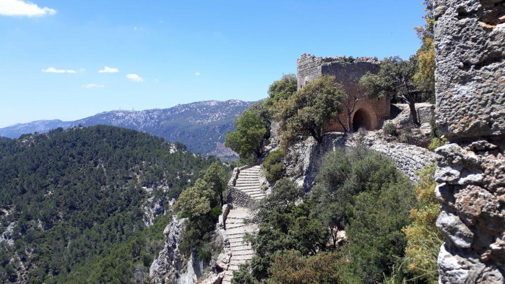 Das Castell d'Alaró ist eines der beliebtesten Wanderziele auf Mallorca