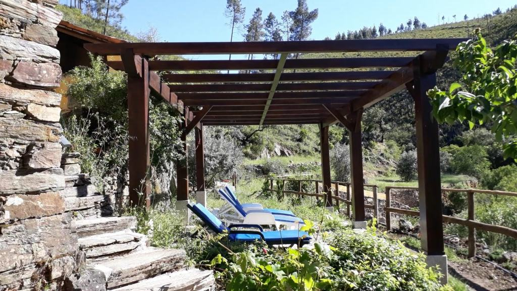Vale de Moses: Yoga Retreat in den Bergen Portugals
