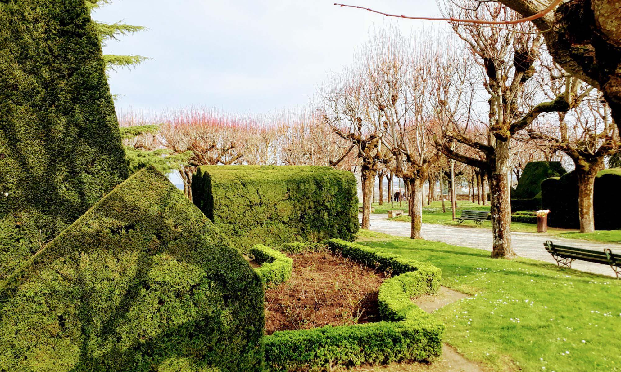 Castle garden in Pons