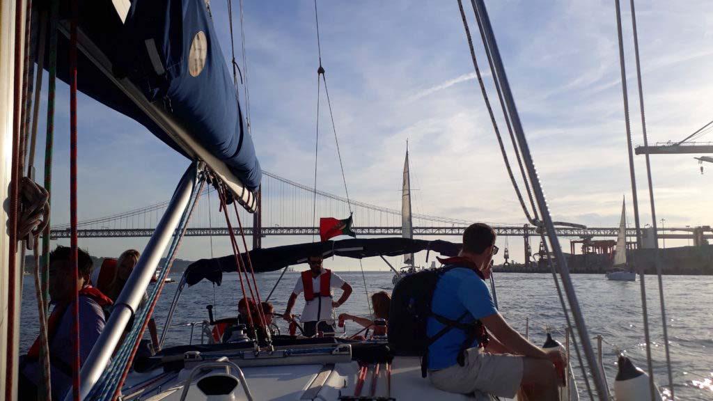 Lisbon by sailing tour