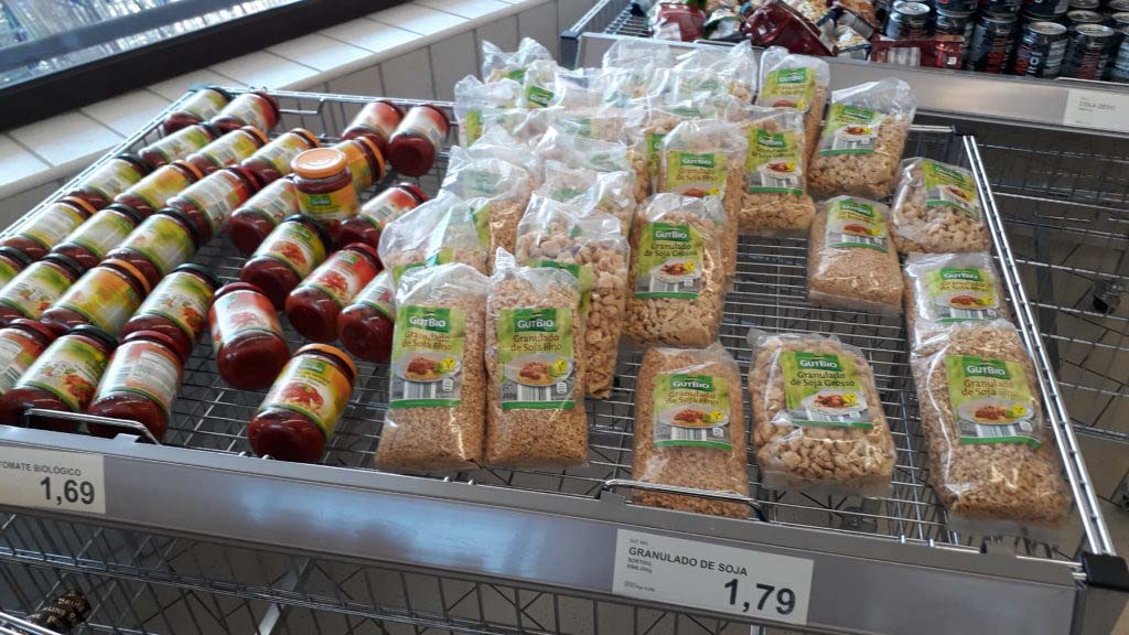 Vegan at Aldi: Soy granules (fine & coarse)