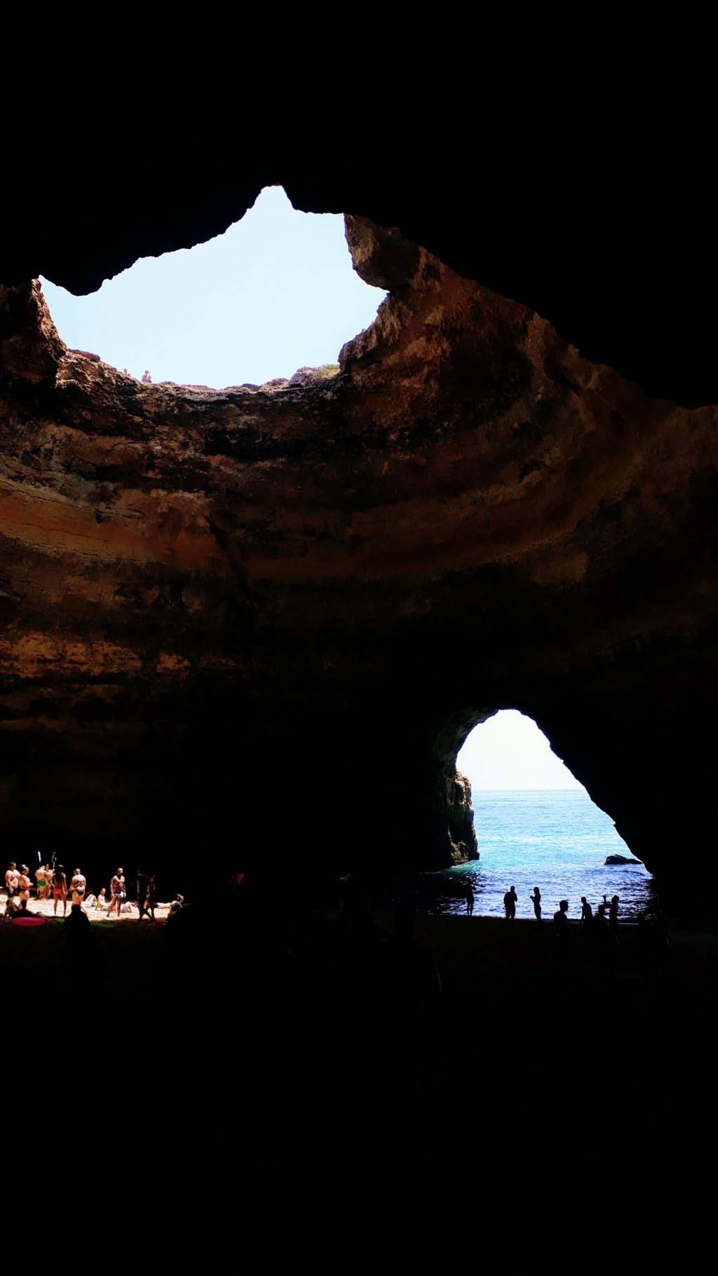 The highlight of the Algarve: the Benagil Cave