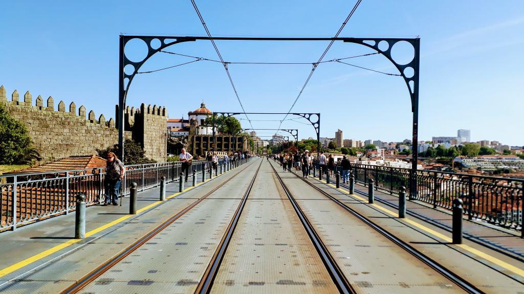 On the Ponte Luís I