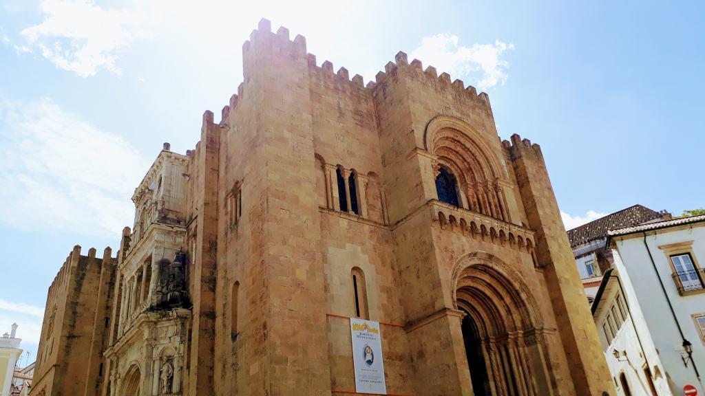 Romanesque cathedral Sé Velha