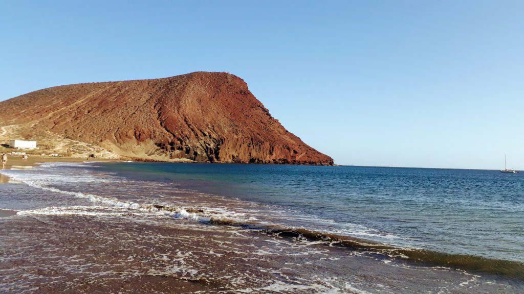 Playa de la Tejita with Montaña Roja