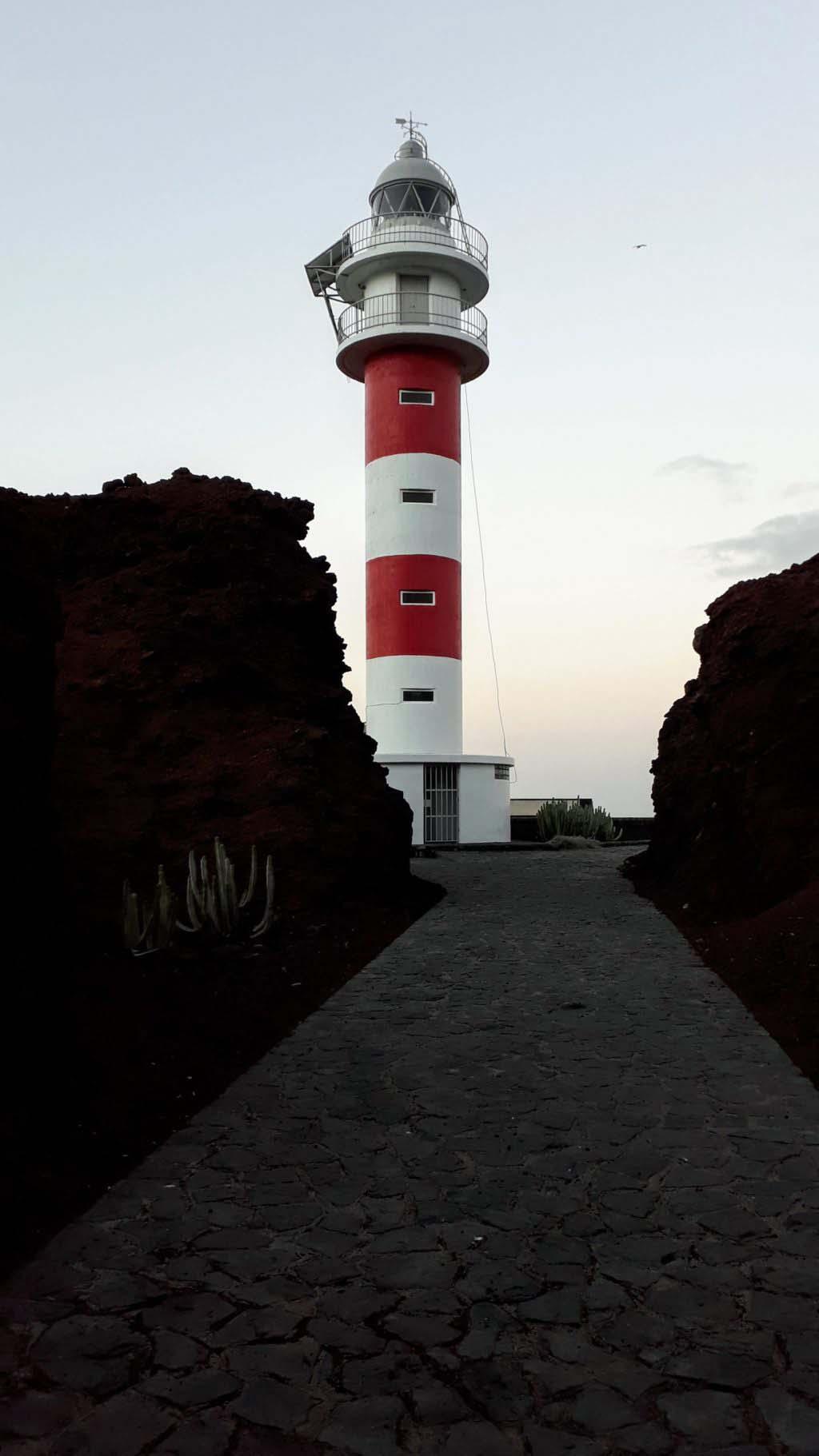 Faro de Punta de Teno
