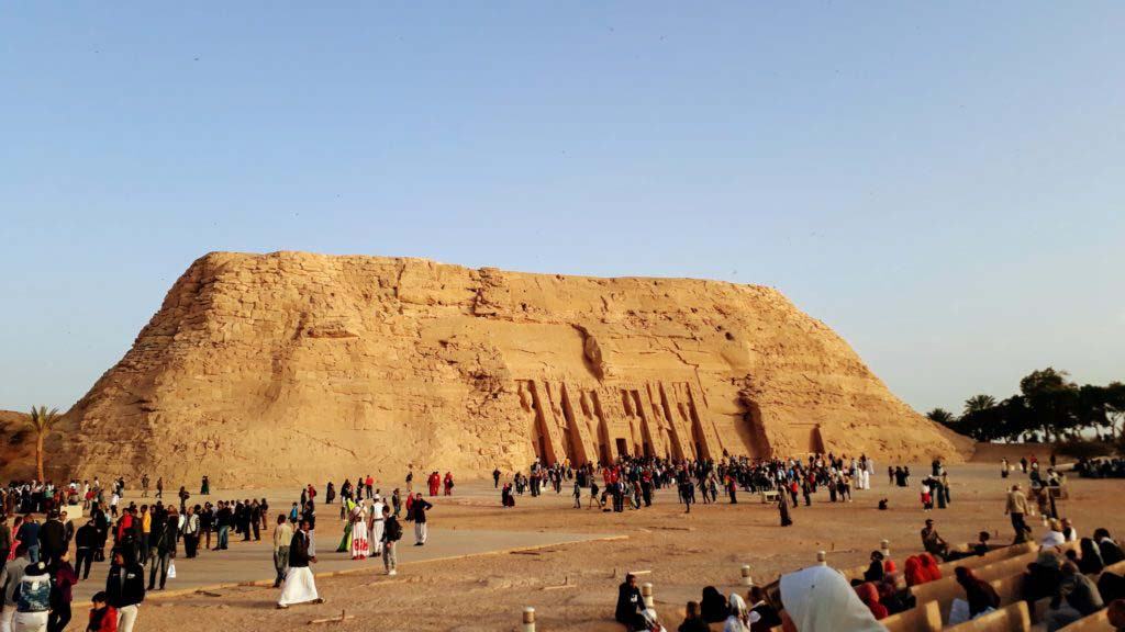Smaller Hathor Temple in honor of Nefertari