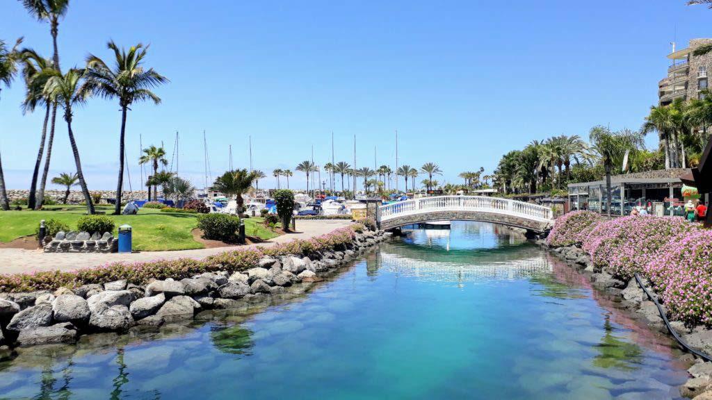 Bridge to the man-made island Isla de Anfi