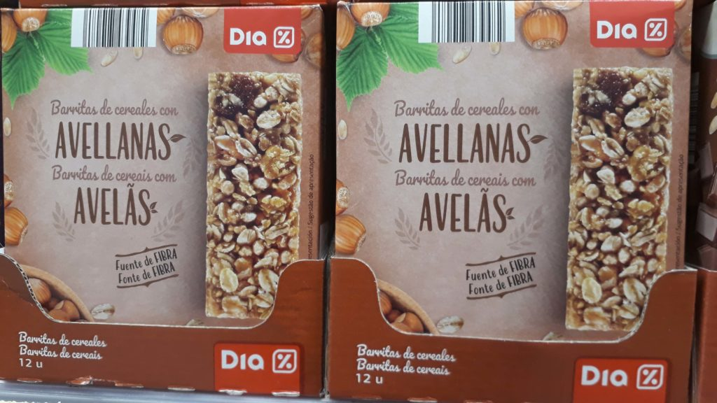 Vegan granola bars at Minipreço