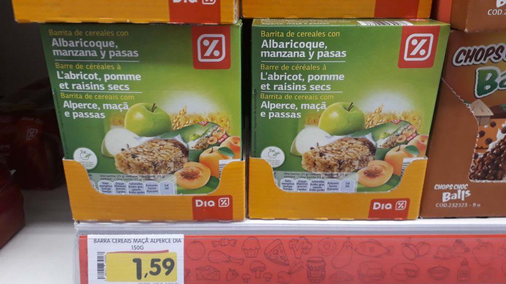 Vegan granola bars at Minipreço