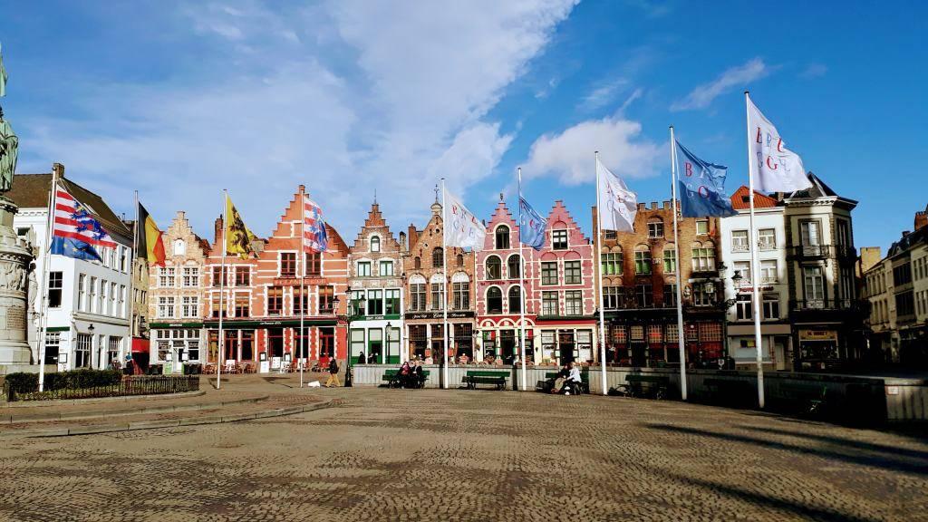 Casas coloridas en la Plaza Mayor