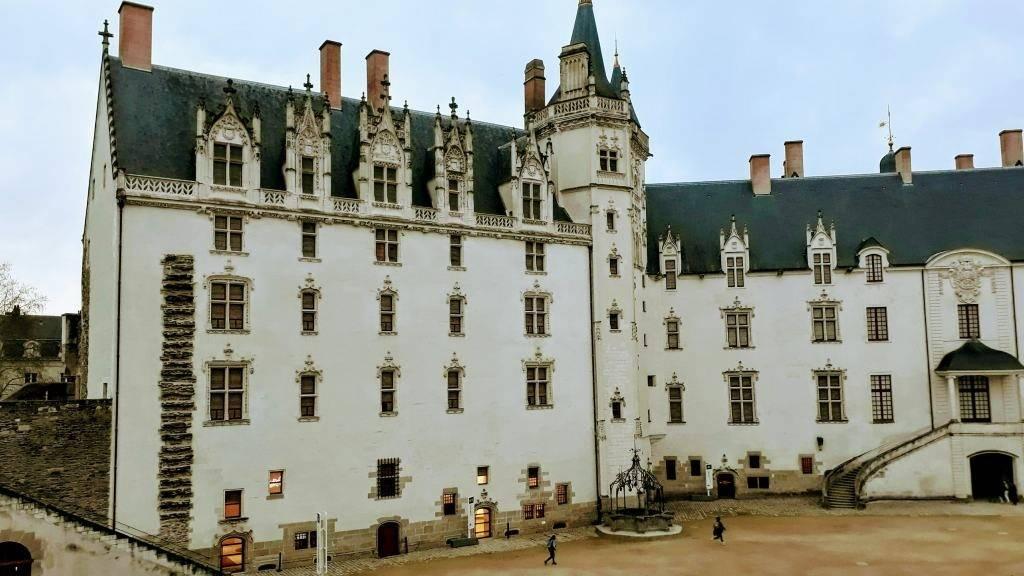 En el Château des ducs de Bretagne