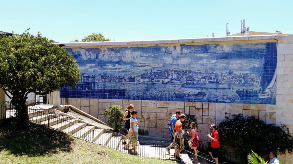 Azulejo en el Miradouro de Santa Luzia