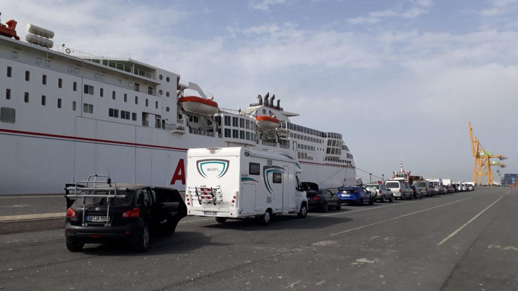 En la cola para el ferry