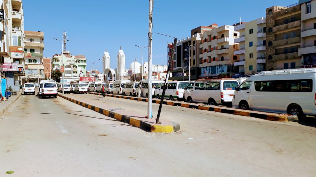 Estación de microbuses en Hurghada