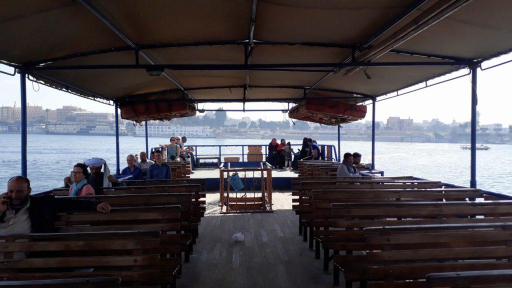 Ferry nacional en Luxor