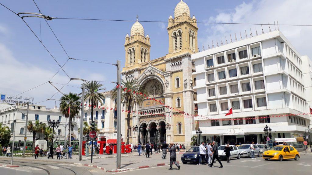 Catedral de San Vicente de Paúl en la Avenue Habib Bourguiba