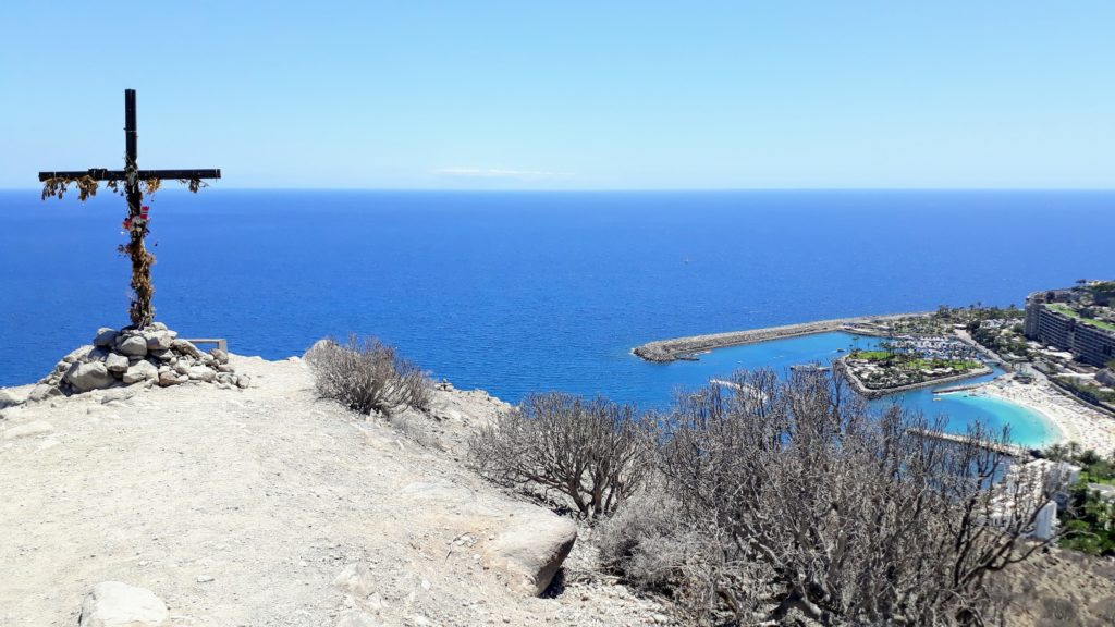 Vista de la Playa de Anfi desde la cima