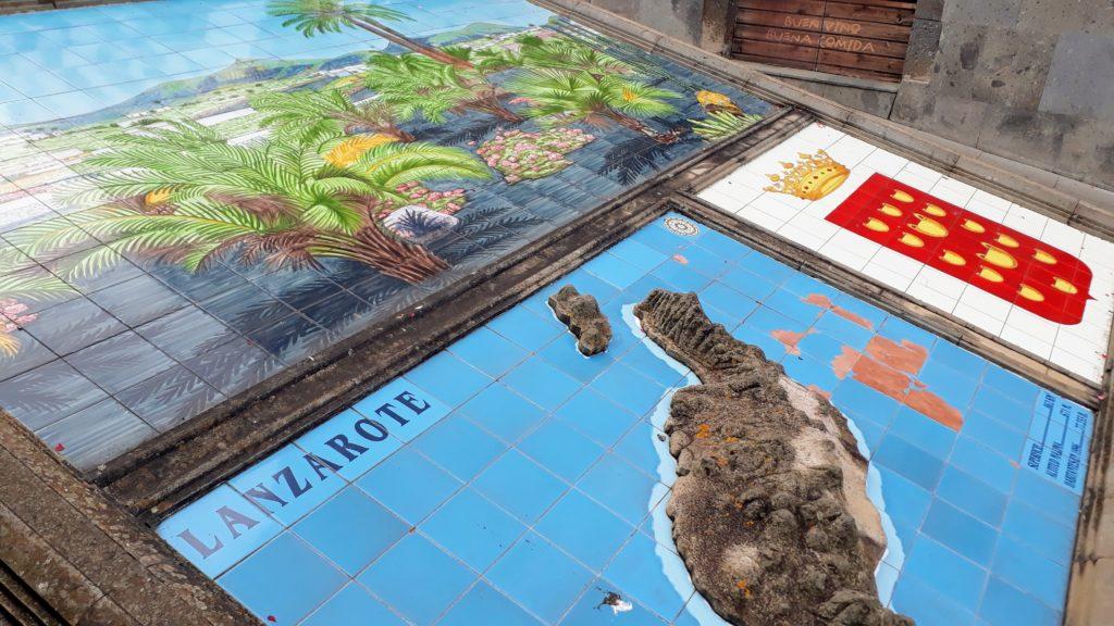 Modelo en relieve de Lanzarote en el Paseo de Gran Canaria en Firgas