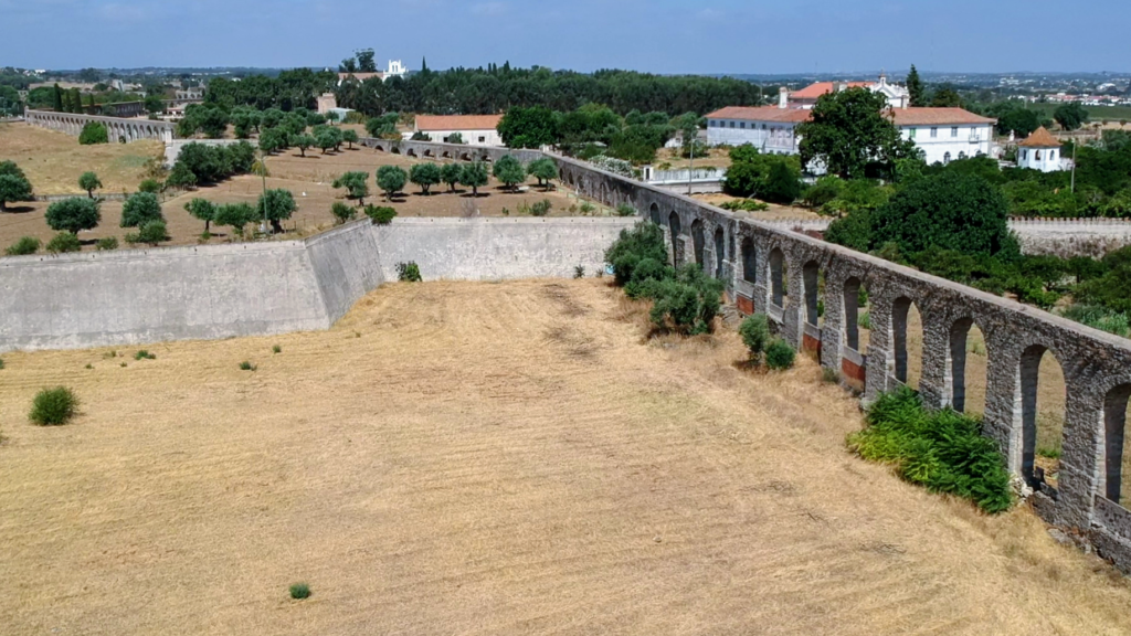 Aqueduto de Água de Prata en Évora